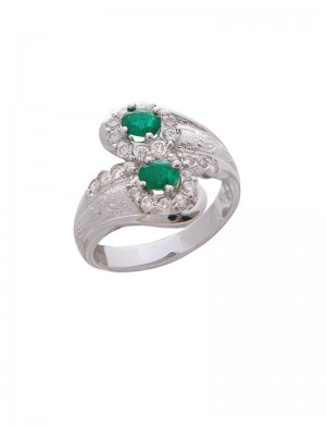 0.40ct Emerald 18K Gold Diamond Ring