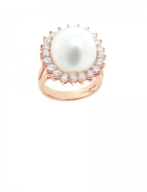 15.5mm Baroque Pearl in 18K Gold Diamond Ring